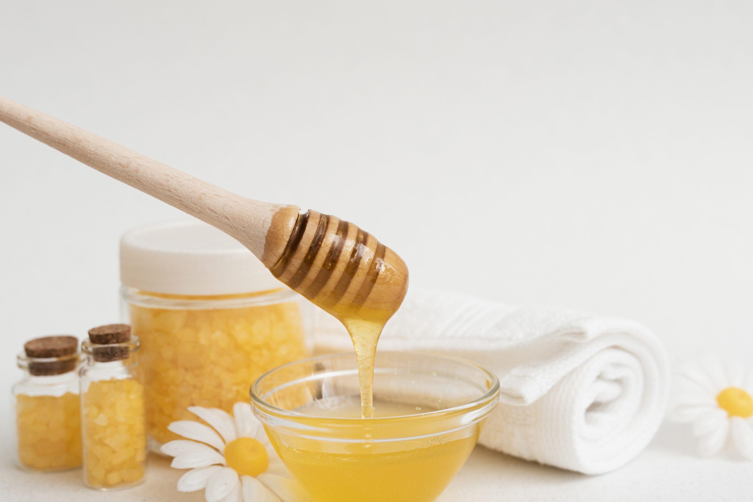 Masker madu untuk mencerahkan kulit wajah