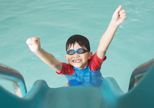 Manfaat anak berenang