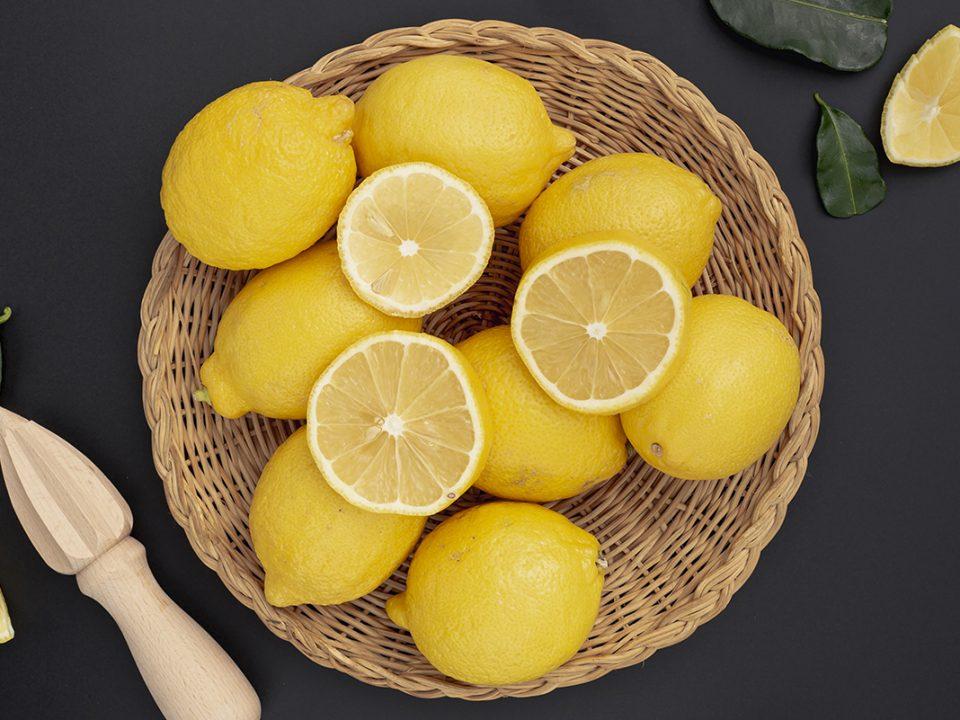 Toner air lemon untuk mencerahkan kulit