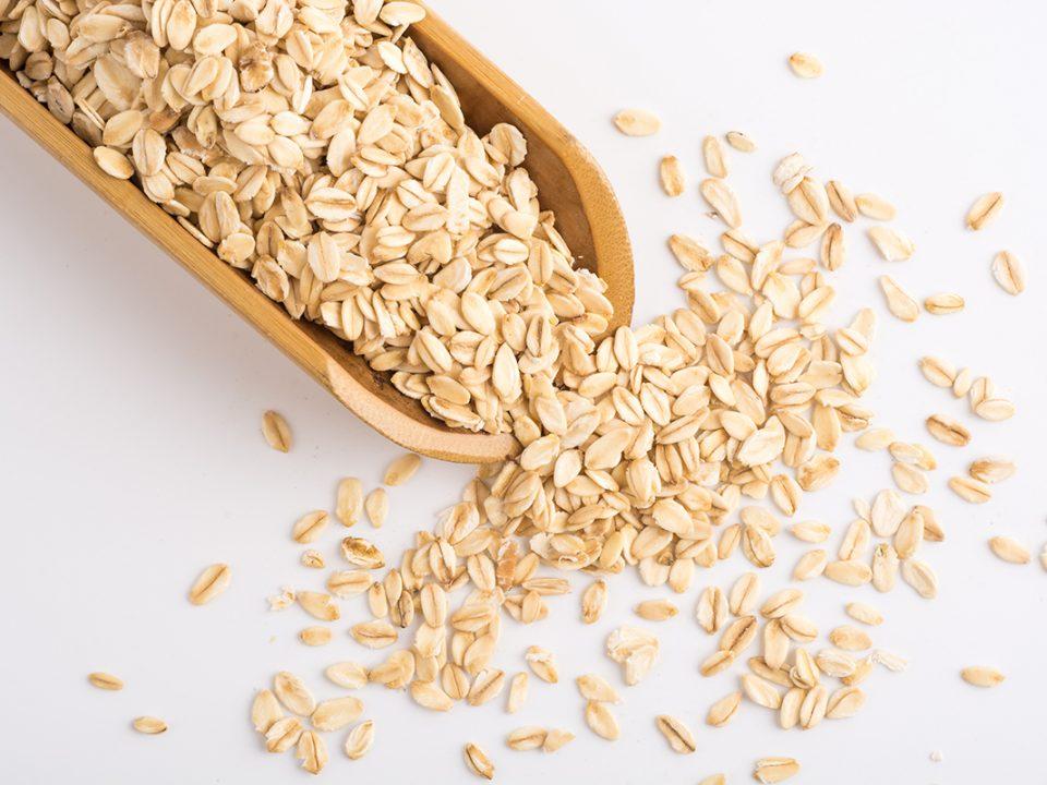 Scrub oatmeal dan yogurt dapat memutihkan selangkangan