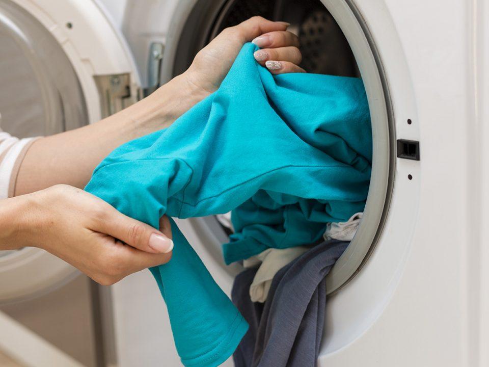 Tips mencuci pakaian wangi