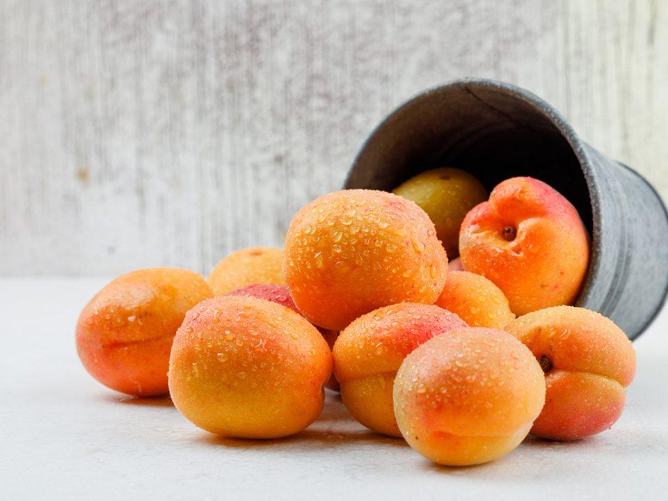buah sumber vitamin E
