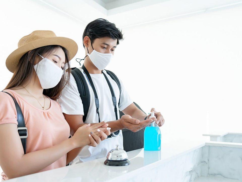 Tips aman staycation di tengah pandemi