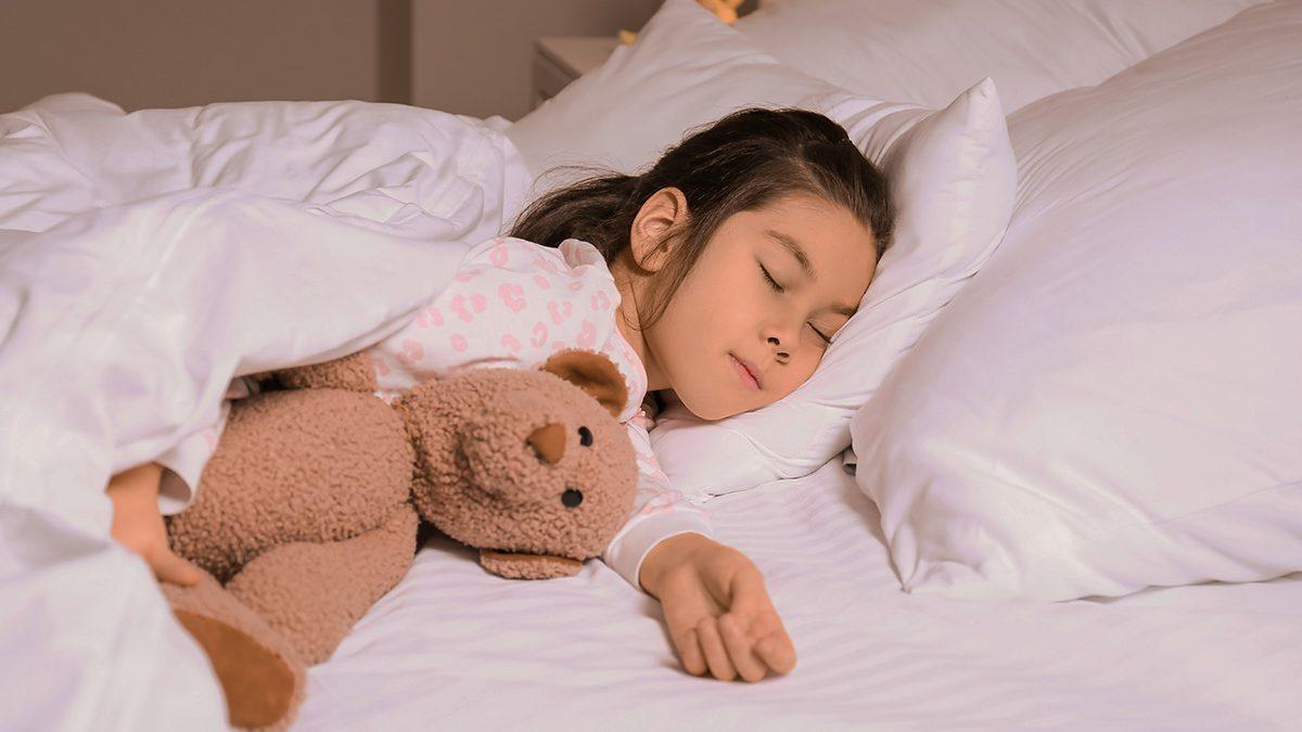 Manfaat anak tidur sendiri
