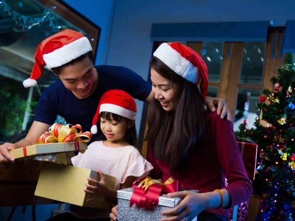 kado natal untuk anak