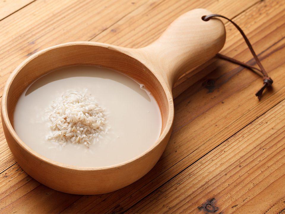 Air cucian beras untuk membasmi rayap