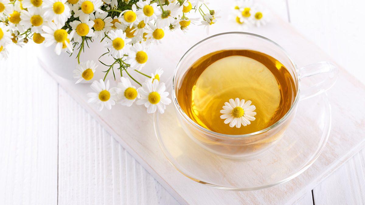 Teh chamomile sebagai obat panas dalam
