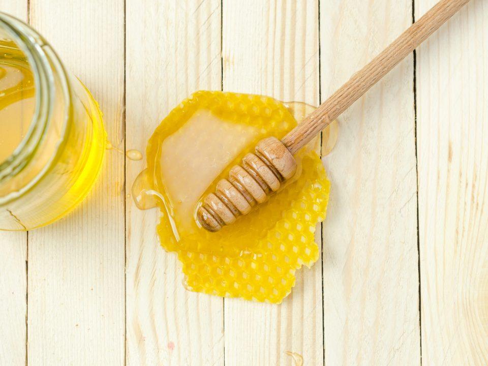 Manfaat clover honey