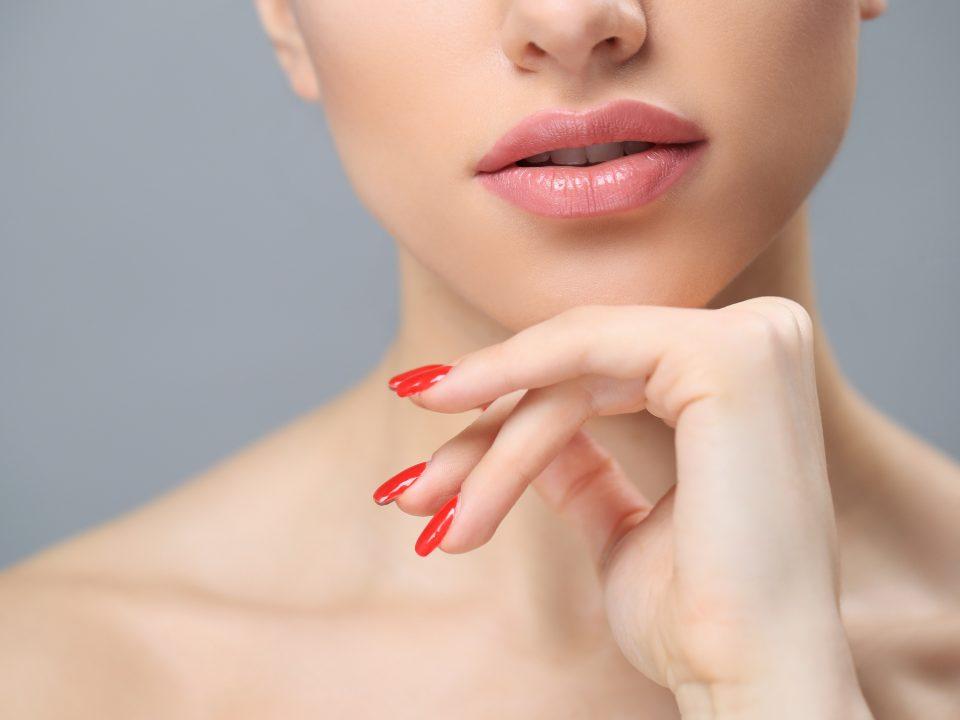 Scrub bibir alami