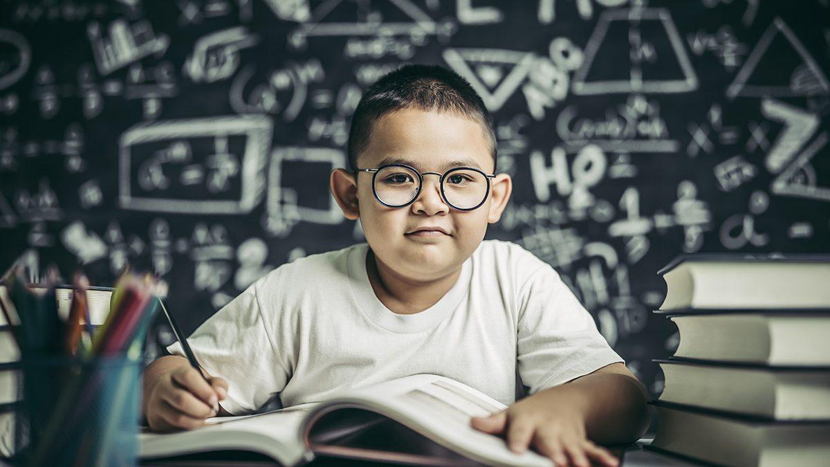 Membuat Anak Cerdas