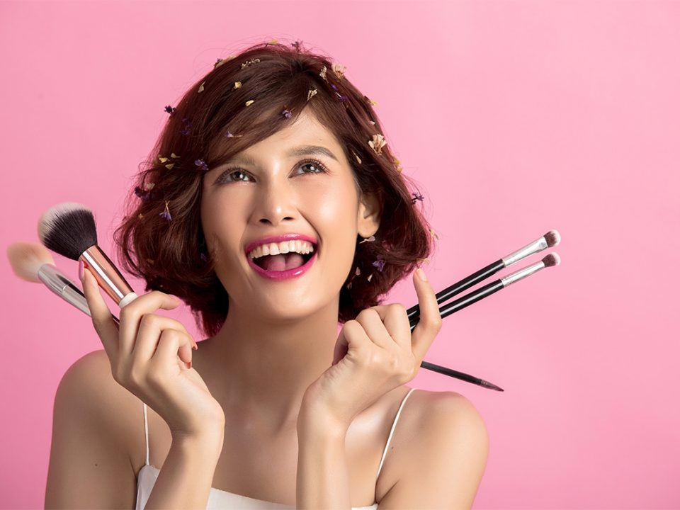Makeup Bold