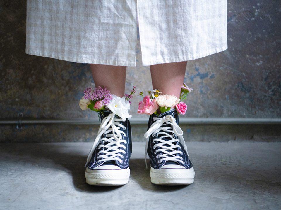 Sepatu Kaki Lebar