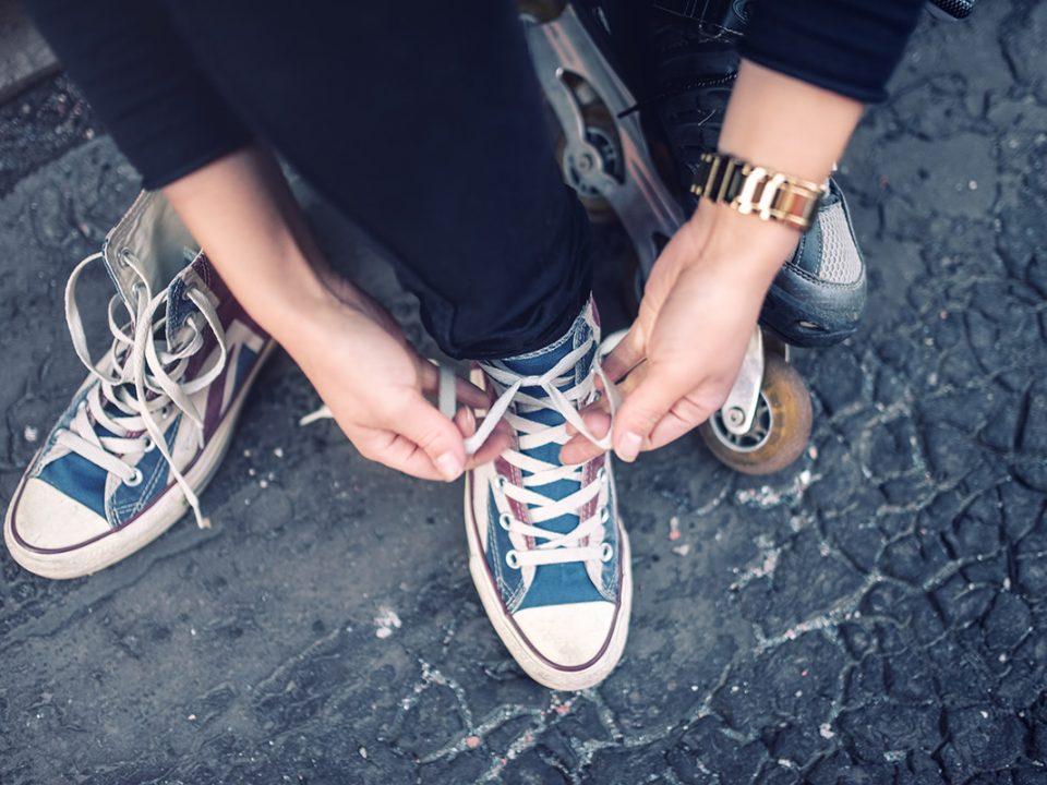 Mengatasi Sepatu Kebesaran