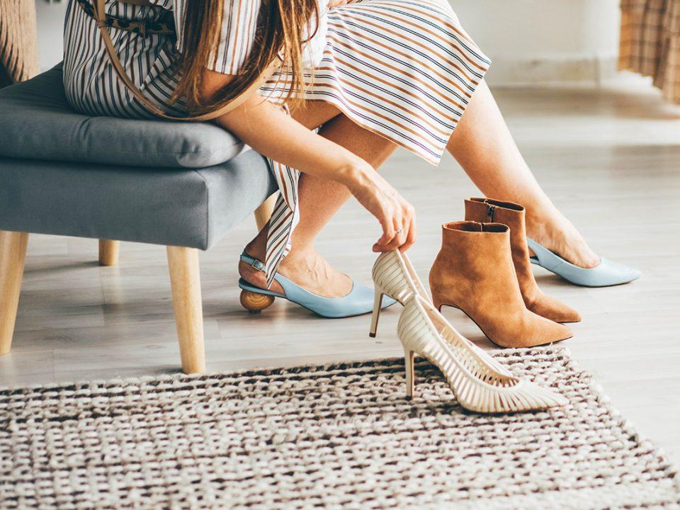 Sepatu Kekecilan