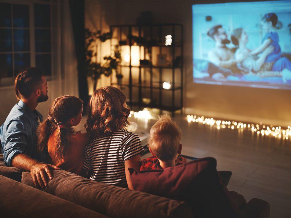 Bioskop di rumah