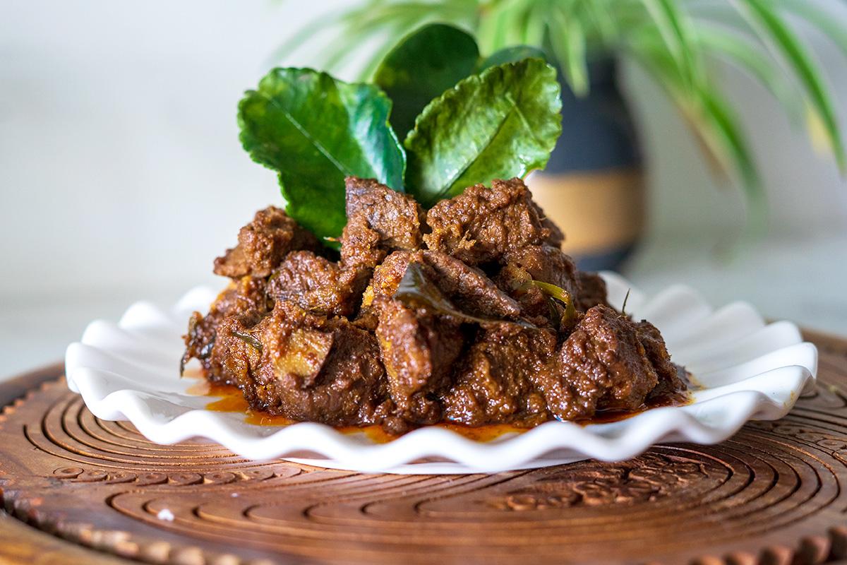 Rendang Makanan Khas Indonesia